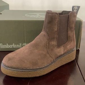 TIMBERLAND- ankle boots.